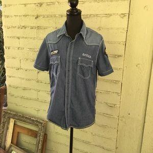 EUC retro style shirt size medium